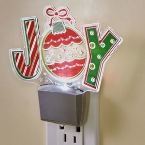 NWT! Festive Joy Special Light Effects Nightlight